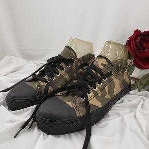Demonia Unisex Camouflage Sneakers